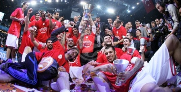 olympiacos-is-the-new-champ-final-four-istanbul-2012