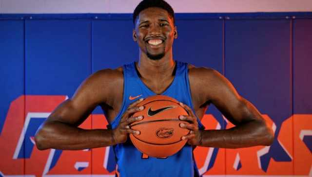 University-of-Florida-forward-Kevarrius-Hayes-poses-during-media-day-Florida-Gators-basketball-1280x852-1021x580
