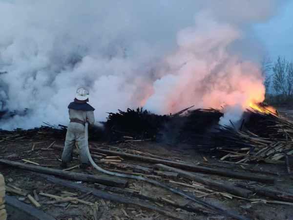Масштабный пожар унес жизнь мужчины (ФОТО) - РЕДПОСТ