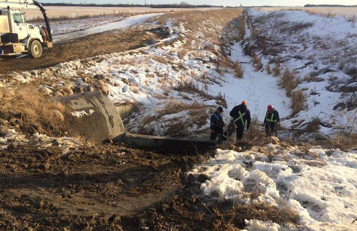 Tanker Illegally Dumps Crude Oil Near Lloydminster, Sask. Water Treatment Plant