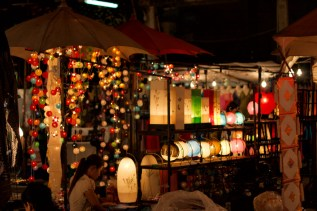 night-market-3