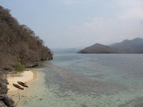 kayak-beach-1.jpg