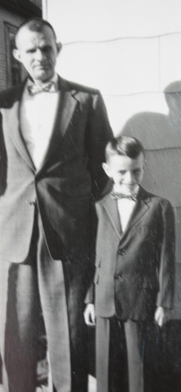 BOB FATHER & SON 1958 IMG_1798
