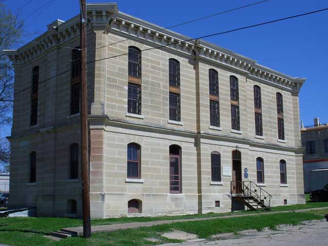 Old Louis Courthouse St