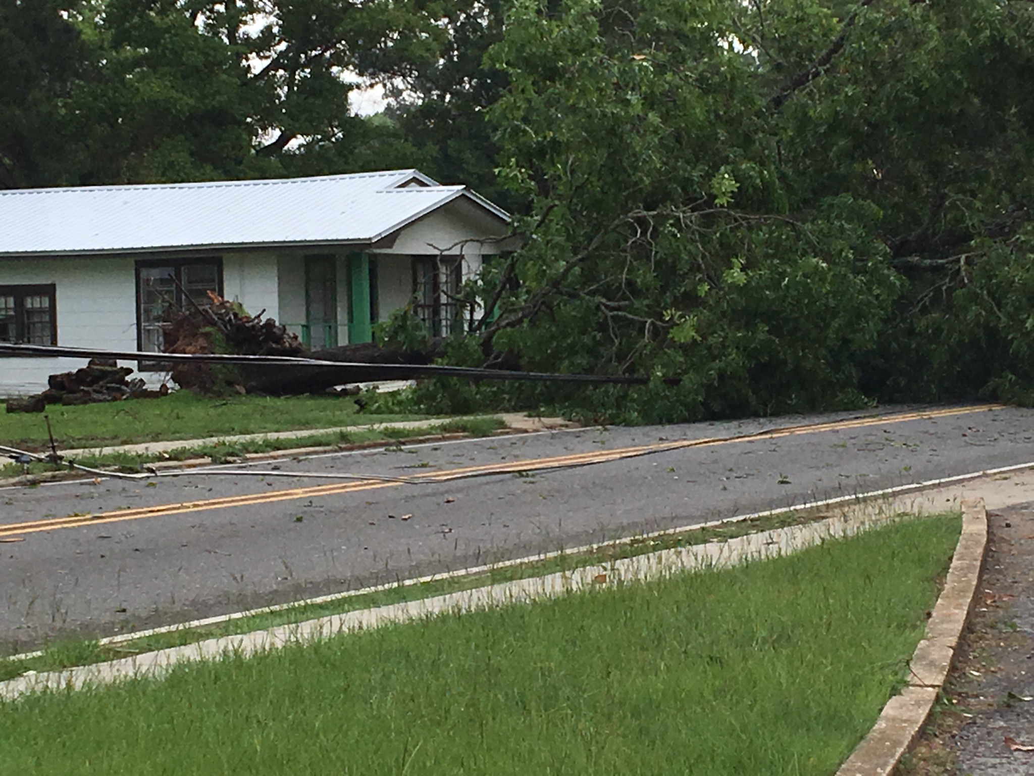 Storm takes one life in Red River Parish   Red River ...