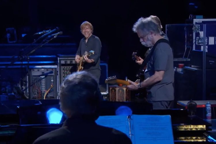 Trey Anastasio Leads Grateful Dead Members Through 'Touch Of Grey' In 2015: Pro-Shot Video