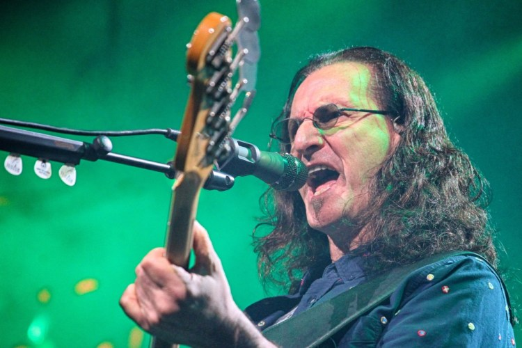 Happy Birthday Geddy Lee: Performing Live With Rush In 2011