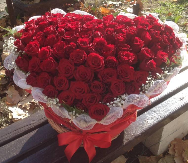 Korpa 101 ruža 19