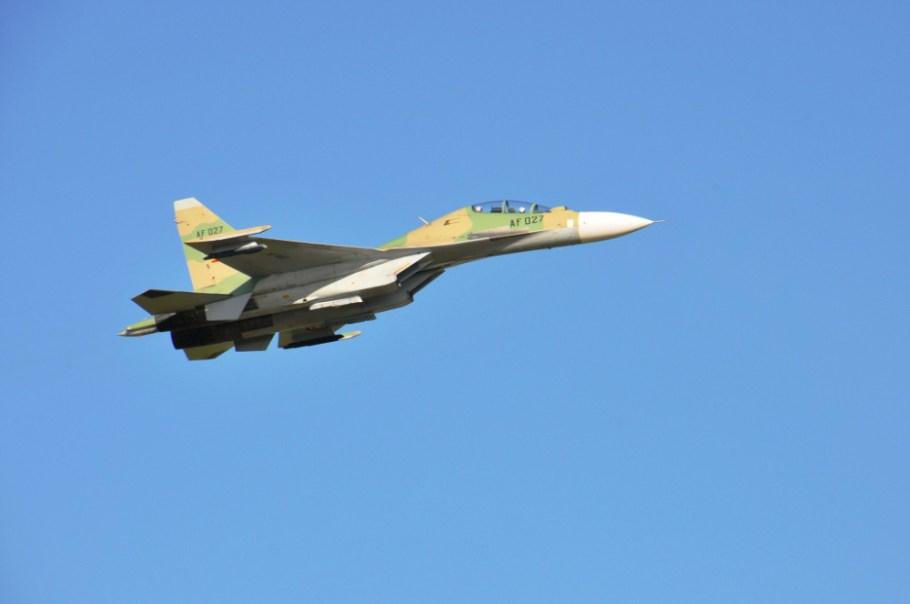 su-30-mk2-190-uganda