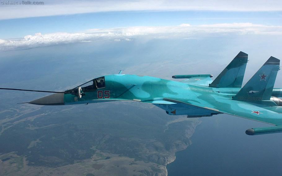 su-34_mid-air_refueling_1