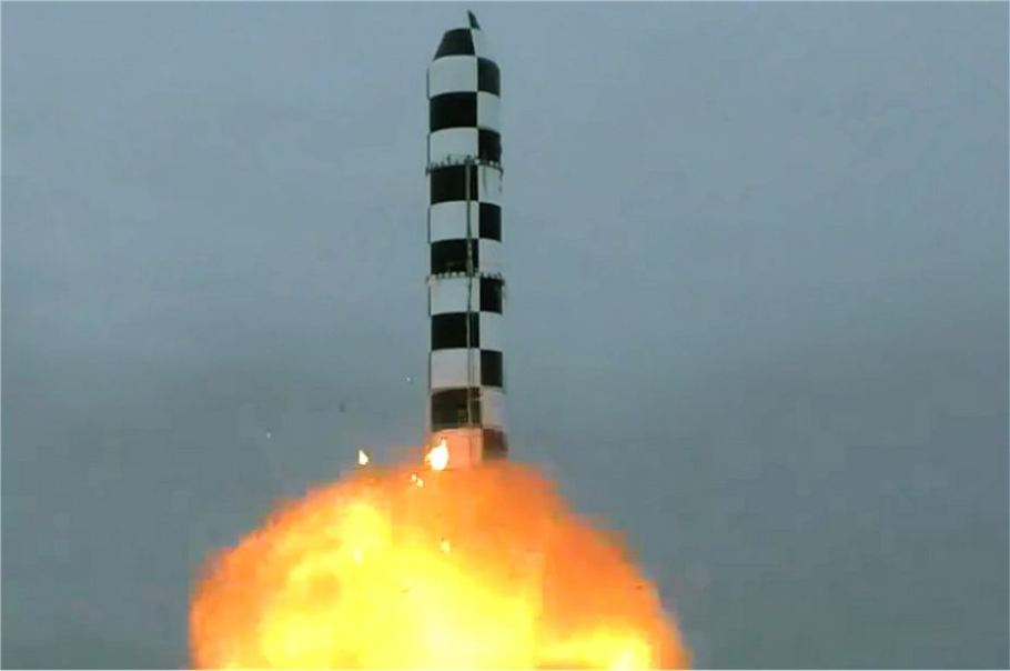 Russia_successfully_test-fires_RS-28_Sarmat_ICBM_InteContinental_Ballistic_Missile_925_001
