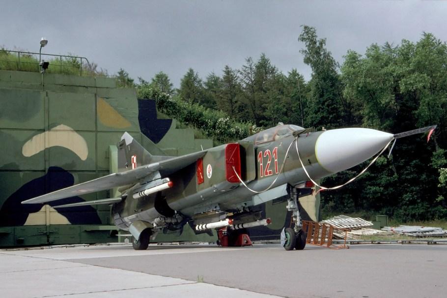 MiG-23MF_Polish_Air_Force_(24445963245).jpg