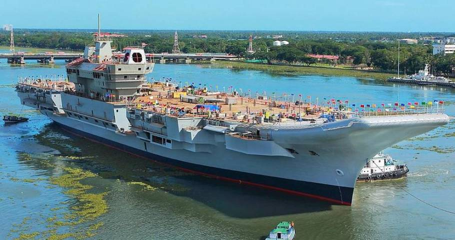 INS_Vikrant_being_undocked_at_the_Cochin_Shipyard_Limited_in_2015