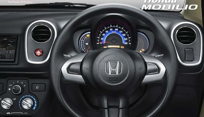 Kesan pertama Honda Mobilio, belajar menyetir, honda mobilio, hoda mobilio dibanding avanza, honda mobilio 2015
