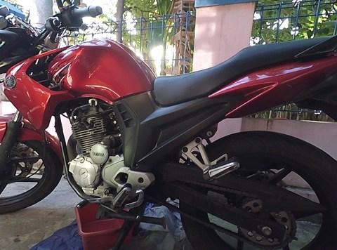Mengganti Oli Mesin Yamaha Scorpio