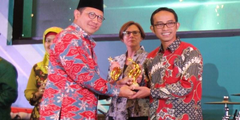 AHM Dapatkan Anugerah Pendidikan Dari Kementerian Agama
