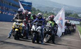 Victory Lap Yamaha Sunday Race