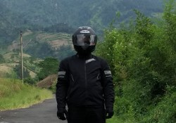 Review Jaket Contin Chimera