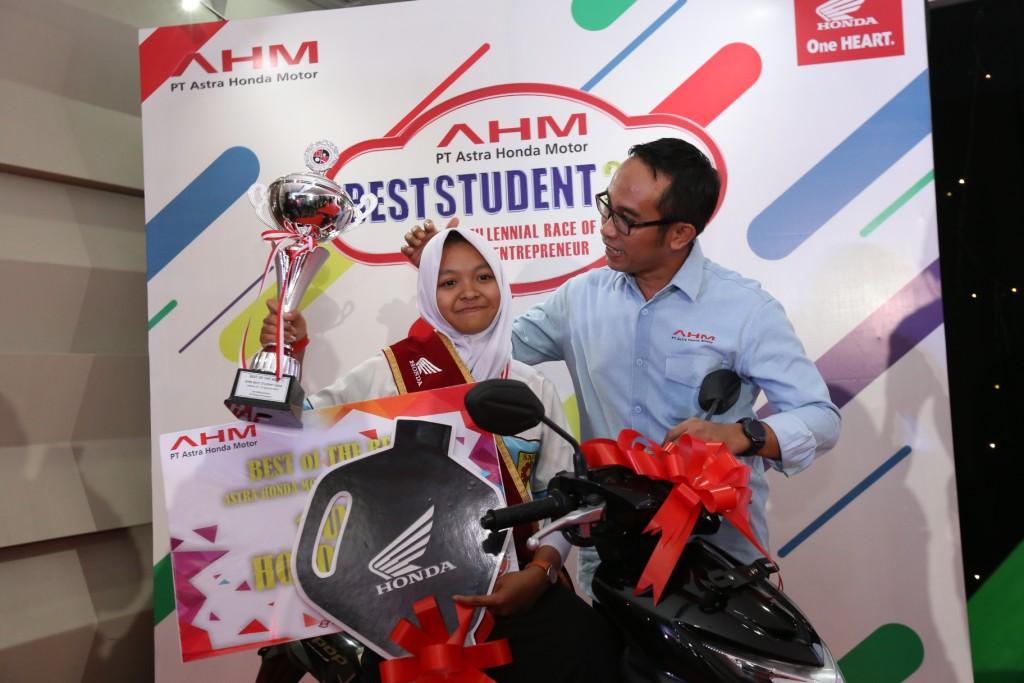AHM Best Student 2018 Lahirkan Wirausaha Milenial