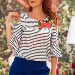 Bluza de vara cu broderie florala si umerii decupati