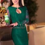 Rochia trei sferturi din dantela verde cu maneca lunga