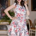 Rochie Aryan Cu Trandafiri Roz