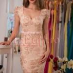 Rochie de seara midi conica din broderie roze