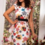 Rochie trei sferturi imprimeu floral colorat
