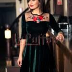 Rochie verde de catifea cu broderie si maneci trei sferturi