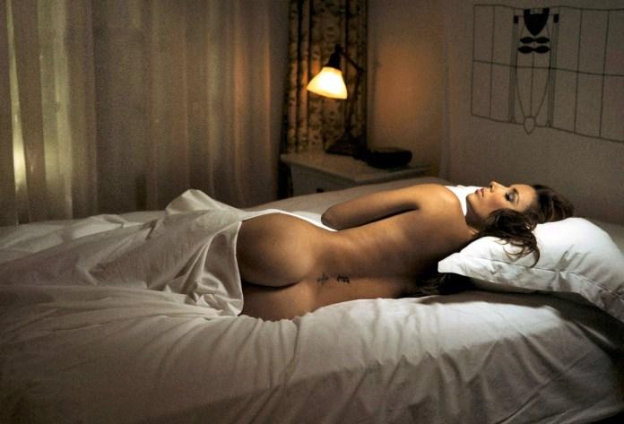 Eva-Longoria-Sexy-Ass-In-Jork-Weismanns-Book-Asleep-At-The-Chateau-01