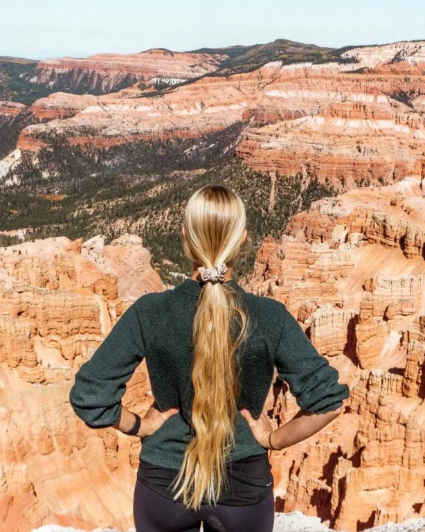 Admiring the views of this Amazing Utah hike.