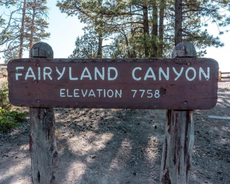 Fairyland Canyon Elevation 7758 feet above the sea.