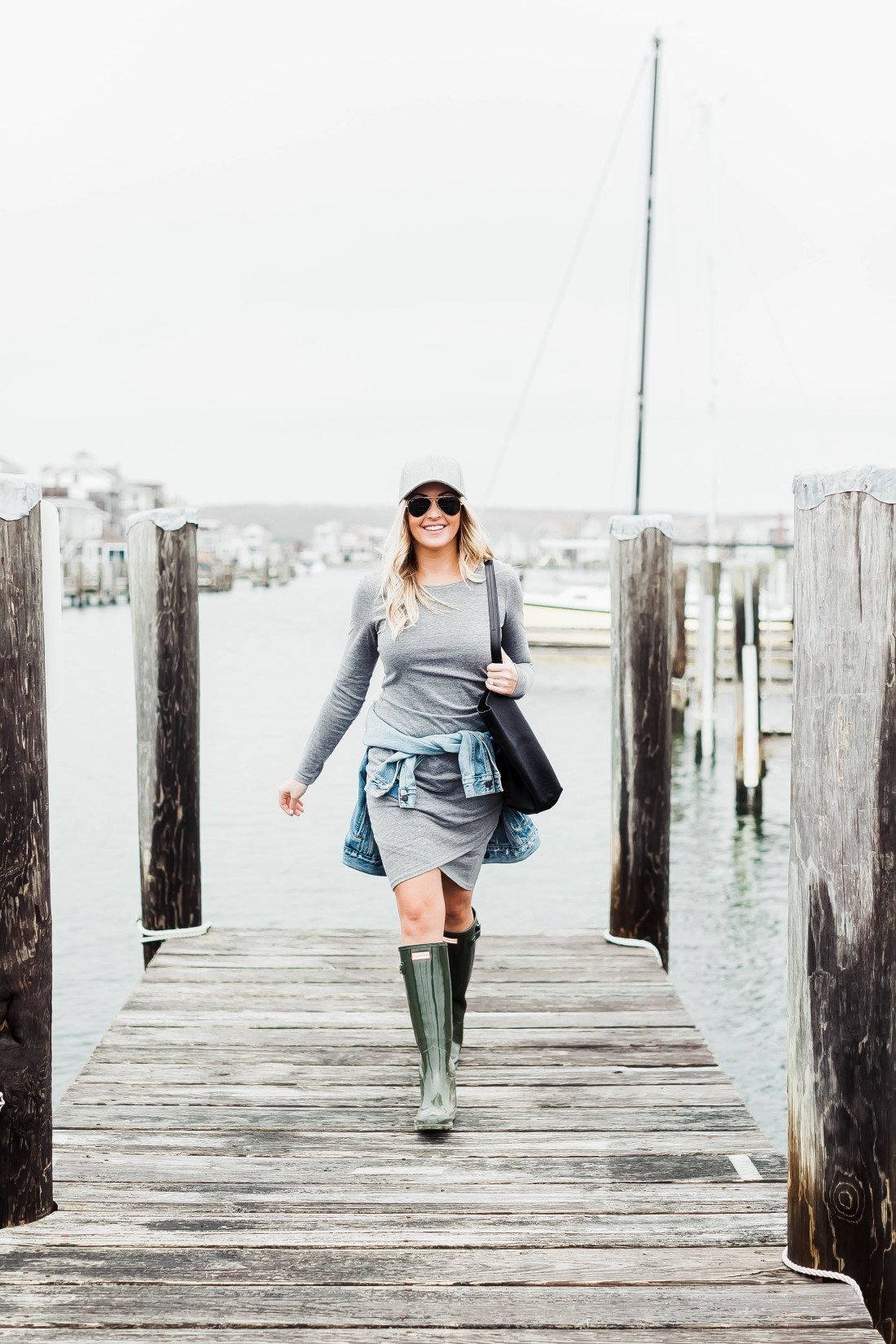 A Guide To Buying Hunter Boots Red White Denim
