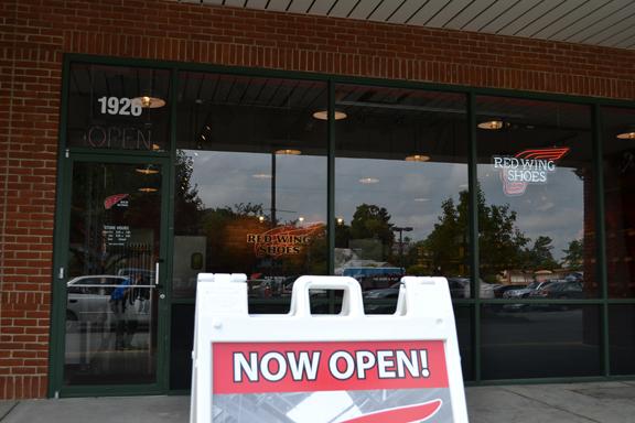 shoe store near me open now
