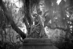 Thoughtful Statue - Bonaventure Cemetery