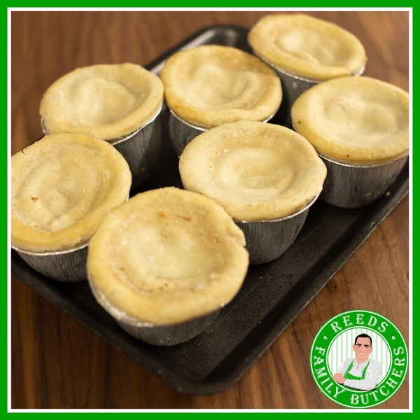 Buy a £10 tray of Steak and Kidney Puddings online from Reeds Family Butchers