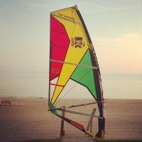 Review:2015 Naish Force 3.  Three batten Wave Sail