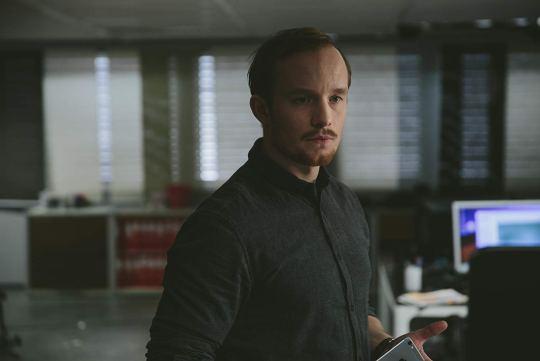 André Sørum as Reinert in a scene from Post Mortem: No One Dies in Skarnes