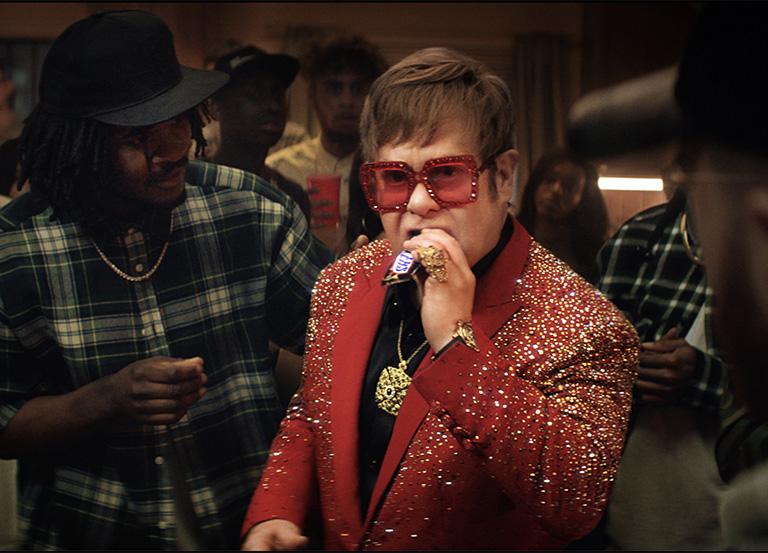 Enjoy Elton John and Boogie in a new Snickers Ad