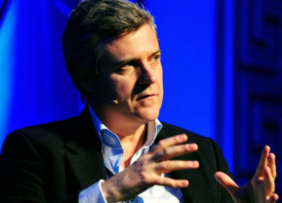 "WPP  presents 3-year ""radical evolution"" for growth"