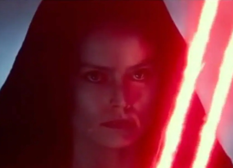 "New 'Star Wars' footage features ""Dark Rey"""