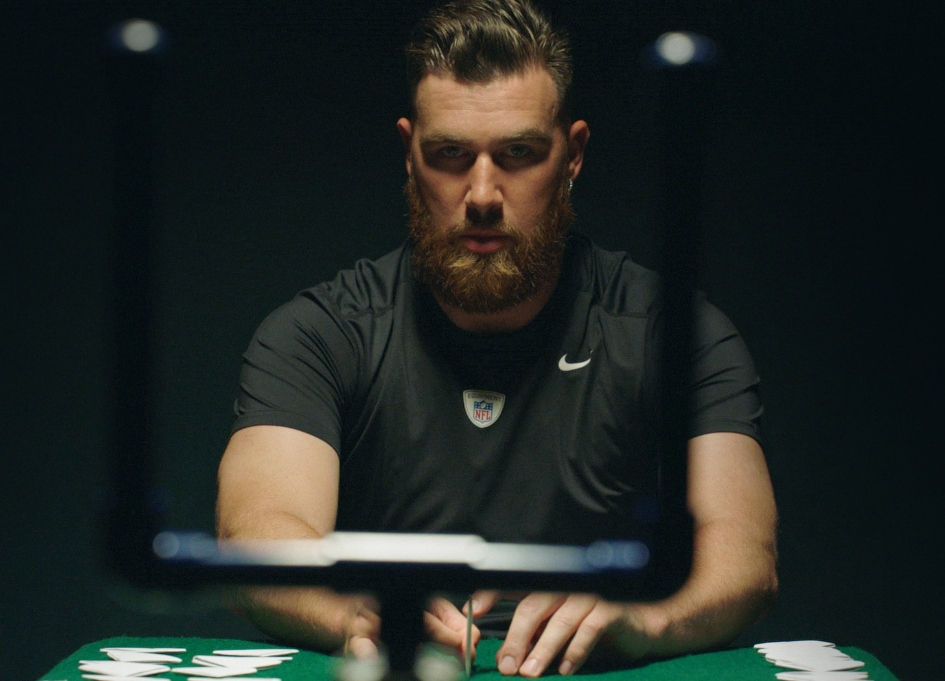 Kelce wins Pepsi's first Paper Football Championship