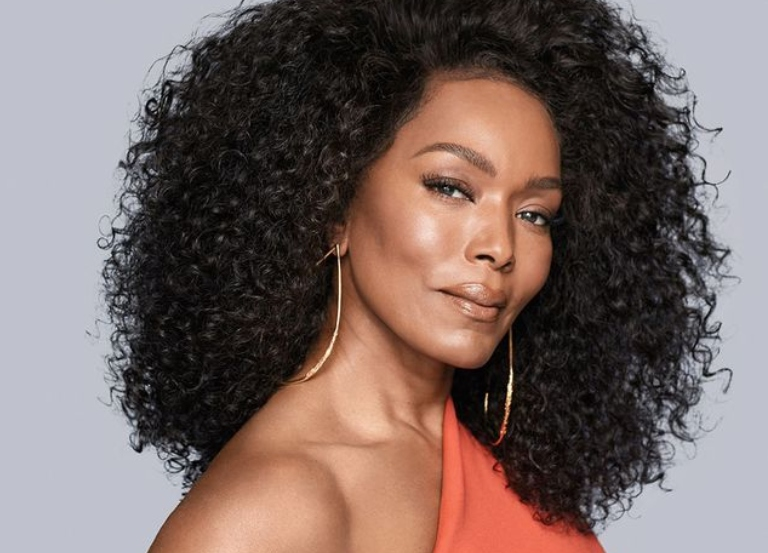 Ford Escape, Angela Bassett celebrate Black women
