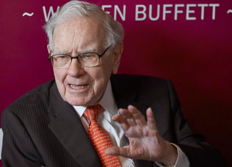 Warren Buffett sells 'Daily Nonpareil' to Lee Enterprises