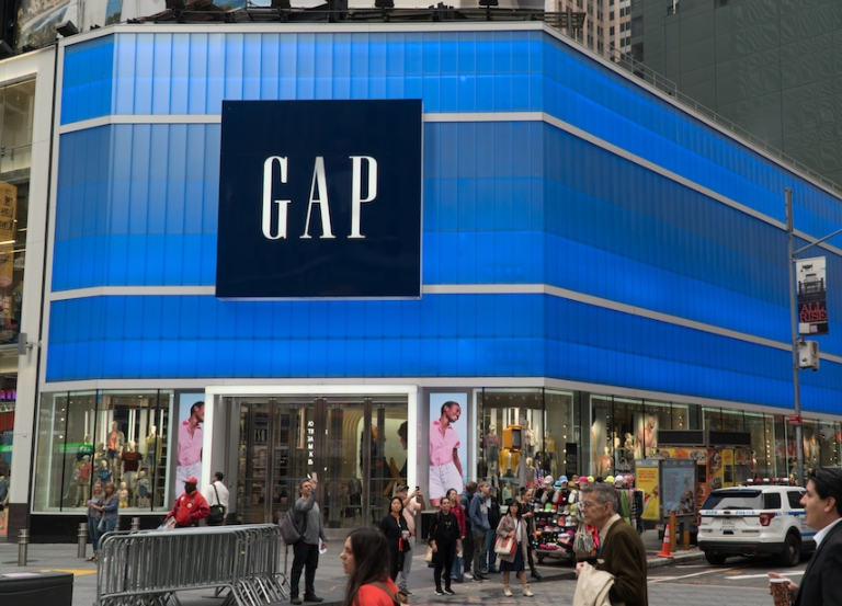 Gap reopens New York office after  COVID-19 scare