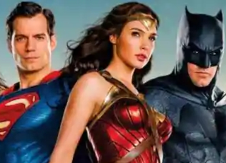 Affleck, Cavill, Momoa and more react to Snyder news