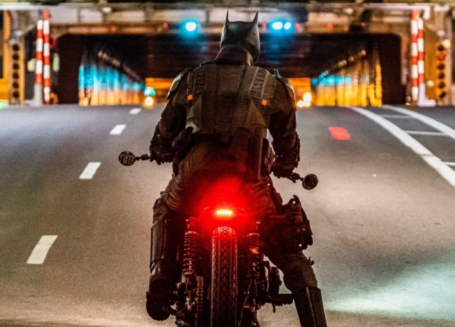 Pics and Videos from 'The Batman' Chicago shoot