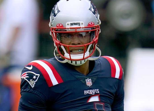 Patriots-Chiefs postponed after Newton tests positive