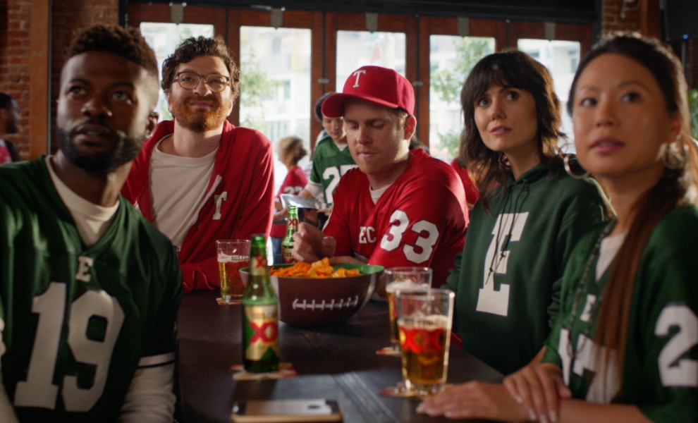 Dos Equis pays tribute to old college football rivalries