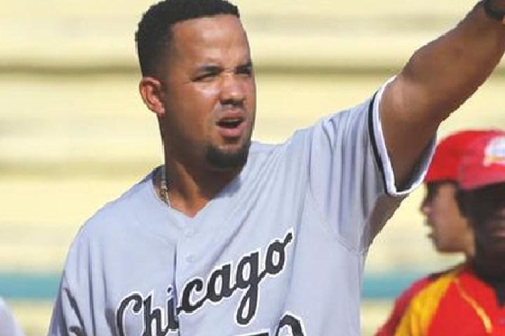 Comcast to air Abreu doc taped during MLB Cuban tour
